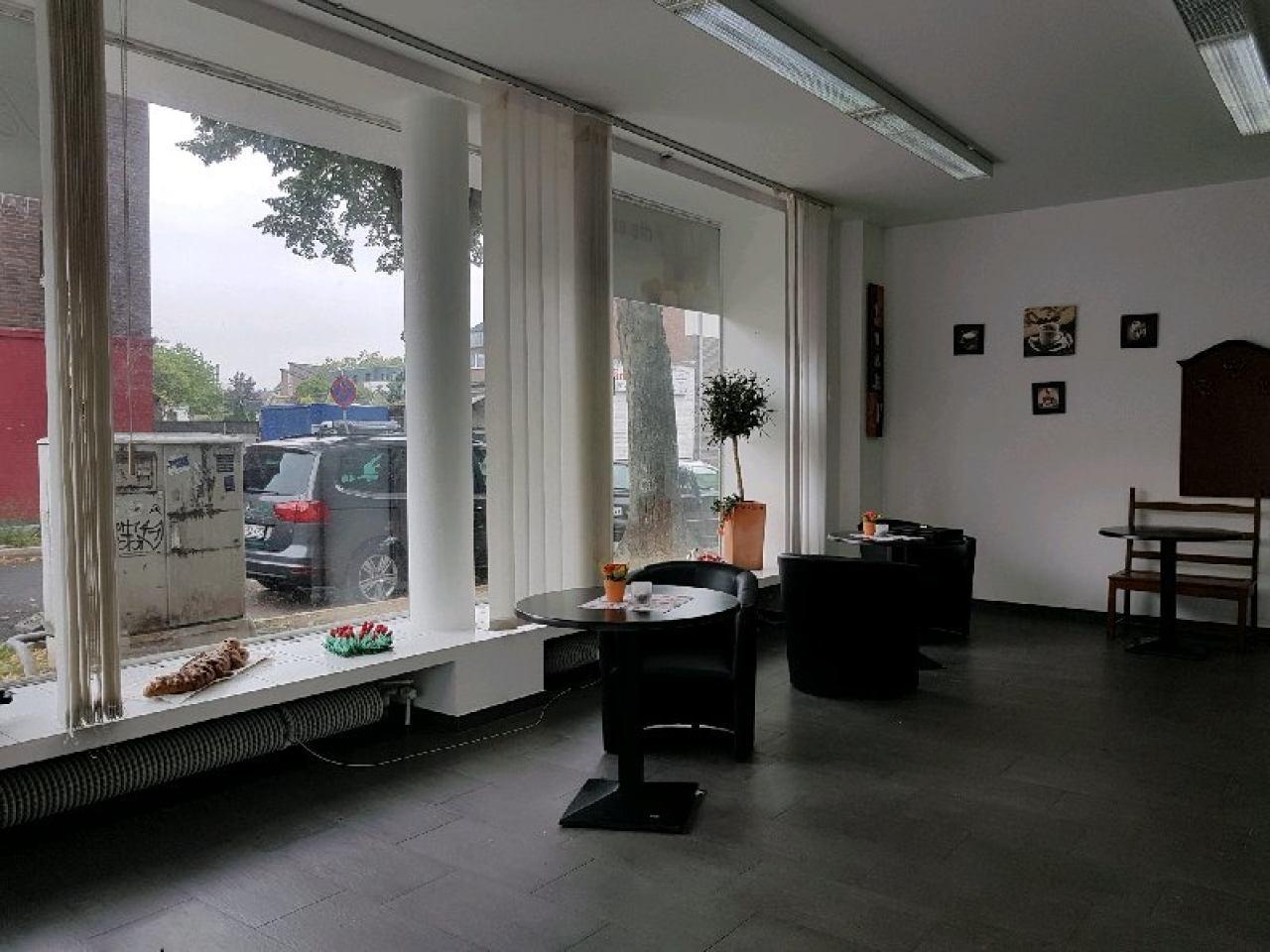 große Fensterfront